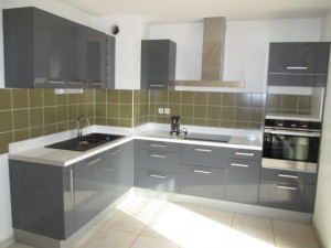 pose-cuisines-installation-renovation-salle-de-bain-multi-services-dressing-placards-np-multiservices-com-101