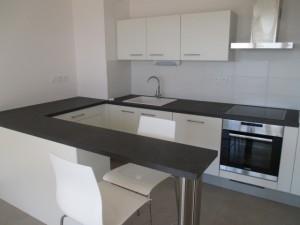 pose-cuisines-installation-renovation-salle-de-bain-multi-services-dressing-placards-np-multiservices-com-103