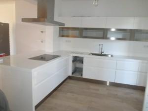 pose-cuisines-installation-renovation-salle-de-bain-multi-services-dressing-placards-np-multiservices-com-107