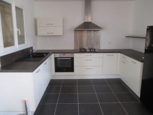 pose-cuisines-installation-renovation-salle-de-bain-multi-services-dressing-placards-np-multiservices-com-121