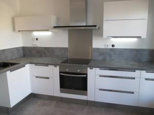 pose-cuisines-installation-renovation-salle-de-bain-multi-services-dressing-placards-np-multiservices-com-122