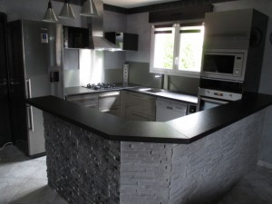 pose-cuisines-installation-renovation-salle-de-bain-multi-services-dressing-placards-np-multiservices-com-127