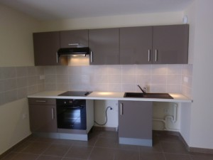pose-cuisines-installation-renovation-salle-de-bain-multi-services-dressing-placards-np-multiservices-com-139