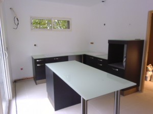 pose-cuisines-installation-renovation-salle-de-bain-multi-services-dressing-placards-np-multiservices-com-155