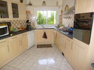 pose-cuisines-installation-renovation-salle-de-bain-multi-services-dressing-placards-np-multiservices-com-163