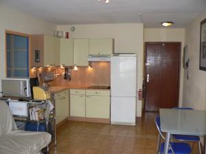 pose-cuisines-installation-renovation-salle-de-bain-multi-services-dressing-placards-np-multiservices-com-165