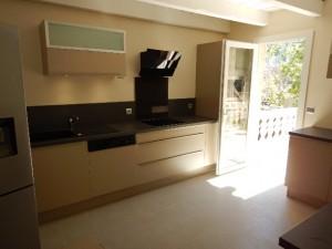 pose-cuisines-installation-renovation-salle-de-bain-multi-services-dressing-placards-np-multiservices-com-61