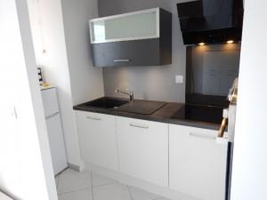 pose-cuisines-installation-renovation-salle-de-bain-multi-services-dressing-placards-np-multiservices-com-64
